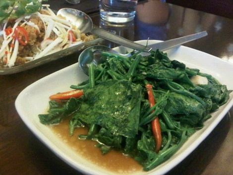 thai vegetables in oyster sauce