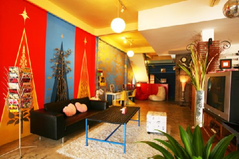 Mystic-Place-Rooms-in-Bangkok-Guest-Room