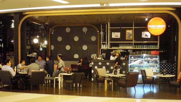 Sweethound by Greyhound at Siam Paragon