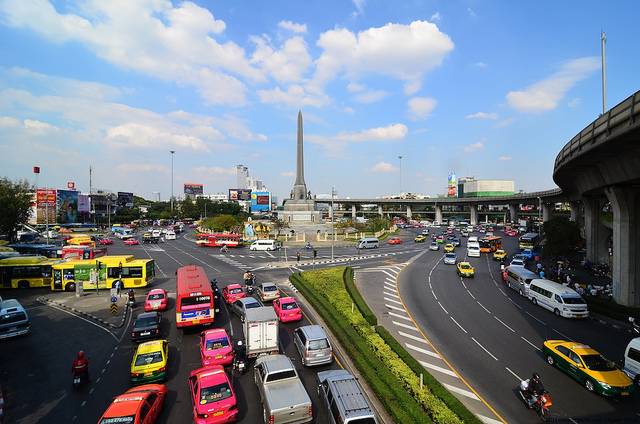 53d3ff7be5 Best Cheap Places to Shop in the Victory Monument Area of Bangkok ...