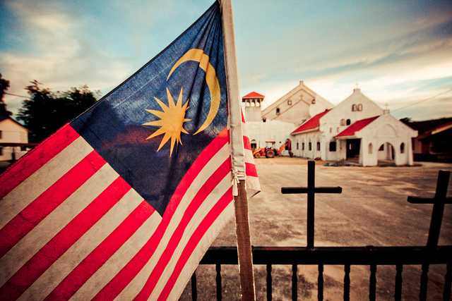 malaysia loves thailand antiquated visa system