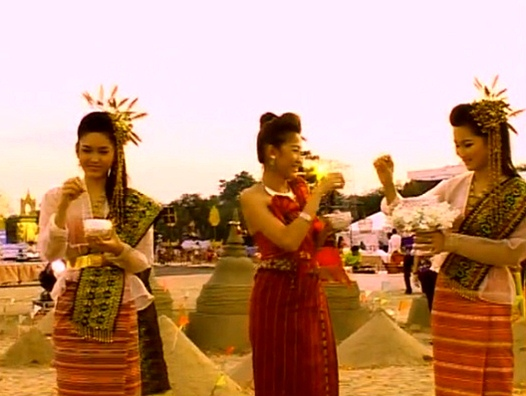 Thai girls throwing water on each other for Songkran.