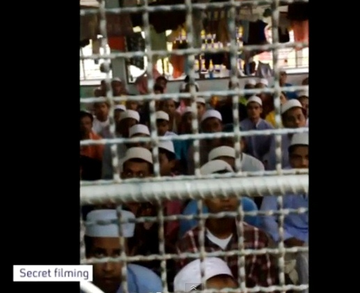 rohingya muslims kept dirty cages thailand