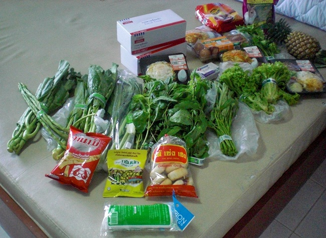 buying groceries in thailand cheap