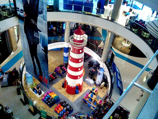 lighthouse at terminal 21 mall
