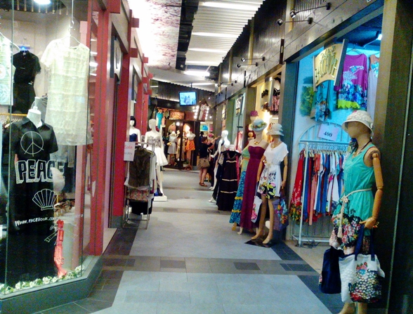 Best Women's Clothing Stores at Terminal 21 Mall in ...