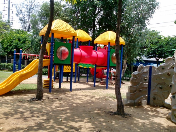 Chatuchak Park kids playground
