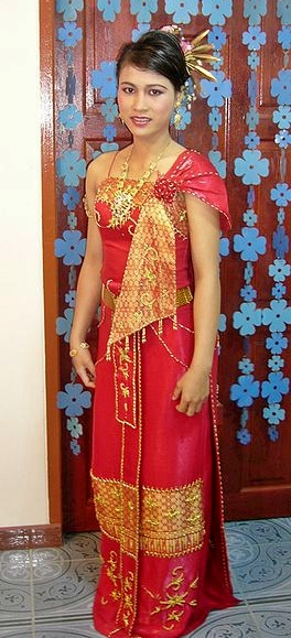 thai dress traditional