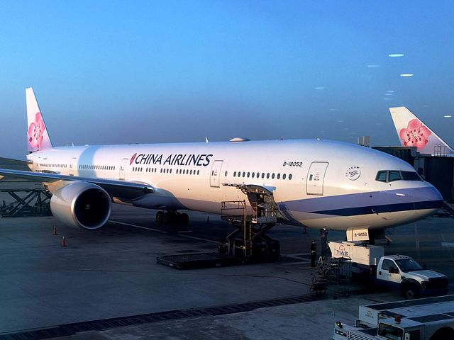 China_Airlines_Boeing_777-300ER_TPE